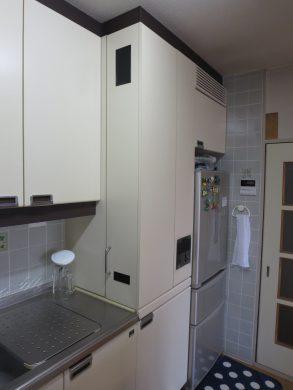 重厚感のある対面キッチンにリフォーム施工前